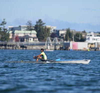 Le Canada en action aux premières finales de sprints sur plage de World Rowing